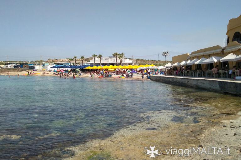 Spiaggia di Armier Bay