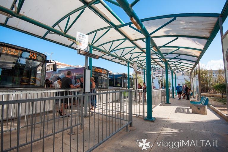stazione degli autobus di Bugibba