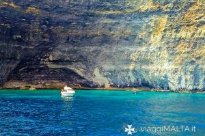 Crystal Bay a Comino