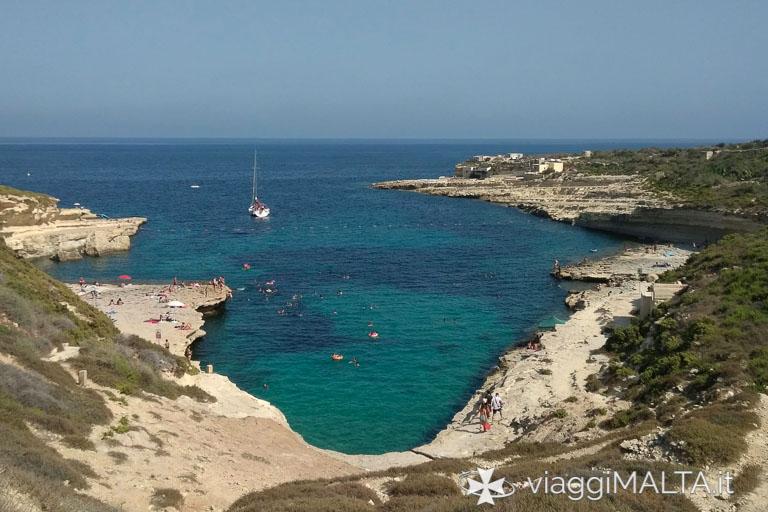 Spiaggia il-kalanka a Marsaxlokk