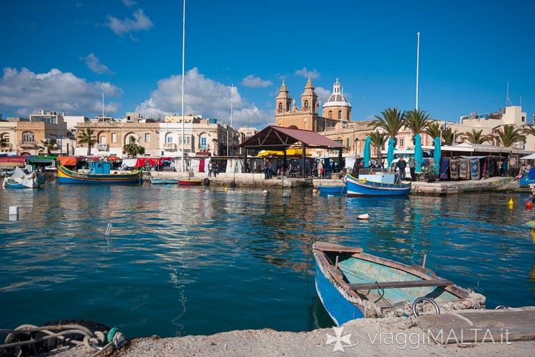 Marsaxlokk - luzzu nel porto