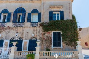 finestre di palazzi a Mdina