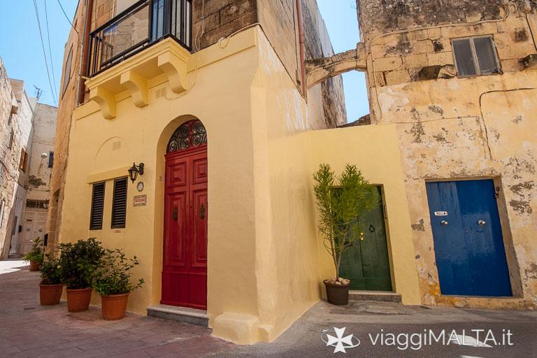 Porte colorate a Rabat