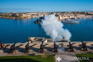 cannonata sparata dalla saluting battery a Malta