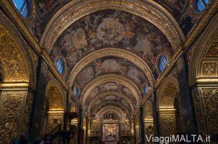 Navata centrale della Concattedrale San Giovanni Battista a Valletta