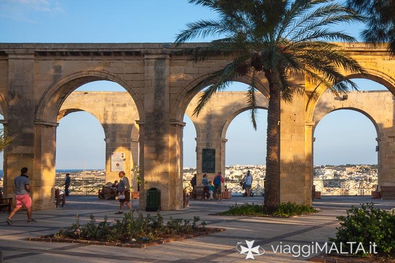 arcate degli upper barrakka gardens a Valletta