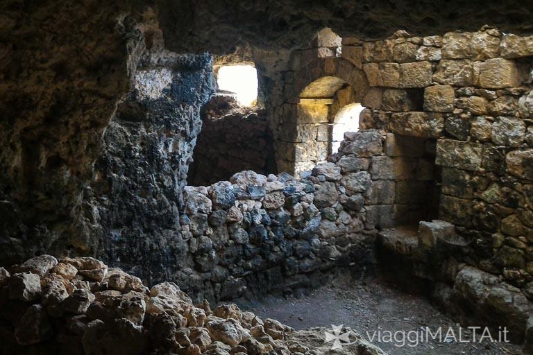 interno dei bagni romani sulla strada romana di xemxija